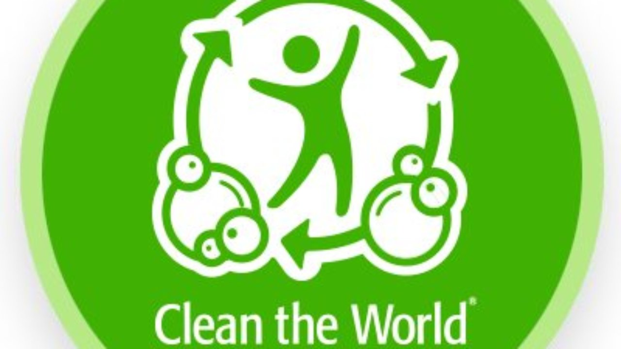 Community Support: Clean the World Foundation